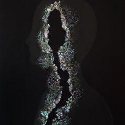 Abysses,nacre, 2018, laque naturelle, nacre, bois, 53x33 cm, 2018.