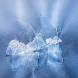 Icebergs B 27